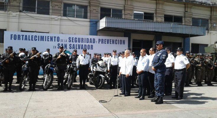 Grupo Usar parte a México para labores de rescate