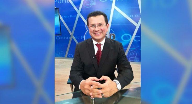 Hugo Martínez confirma que buscará la presidencia del país con el FMLN