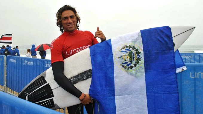Surfista piurano Lucca Mesinas gana nueva medalla de Oro para Perú