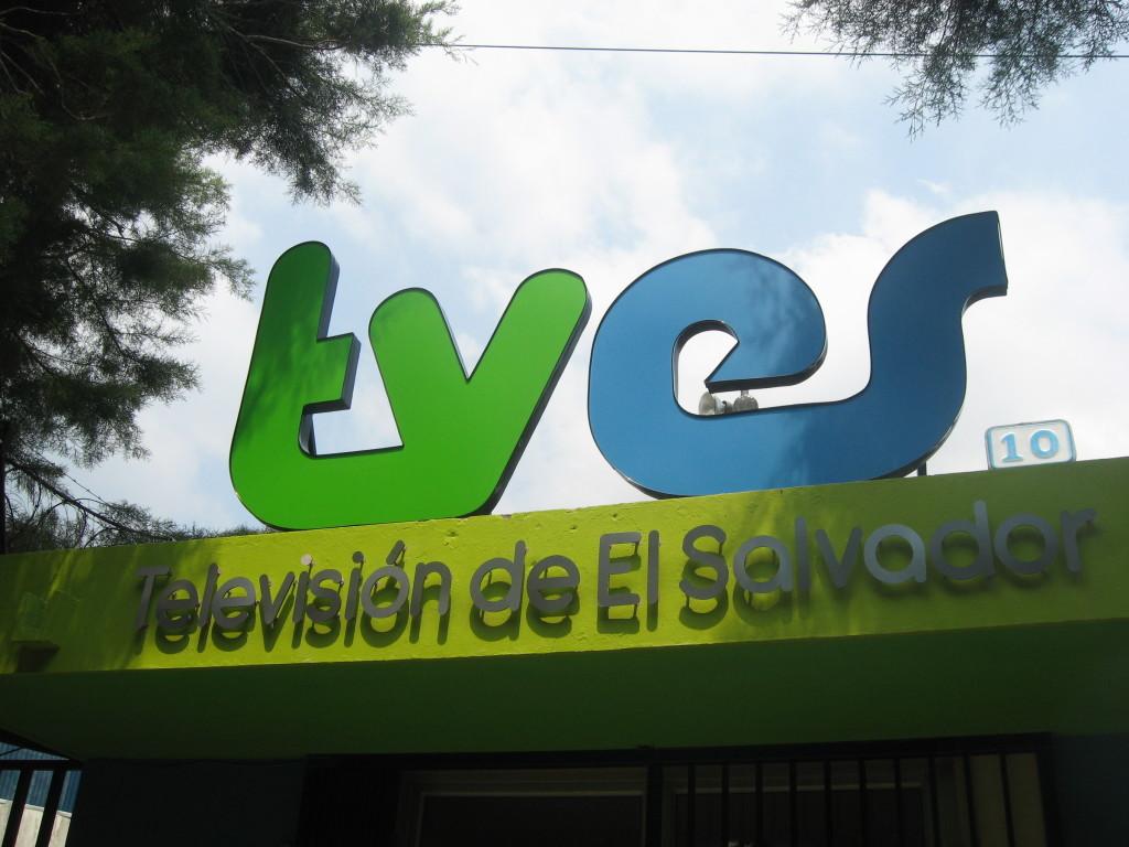 Confirman despidos en canal 10 de televisión