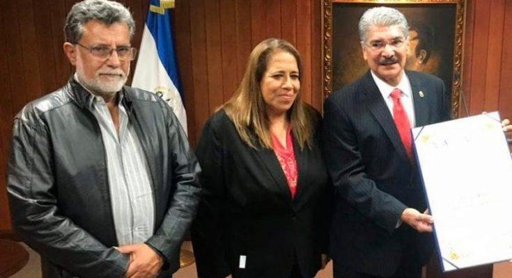 ARENA y FMLN se unen en nueva campaña contra el Gobierno
