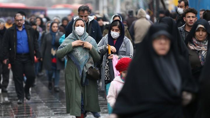 Muertos por coronavirus en Irán superan los 1,400